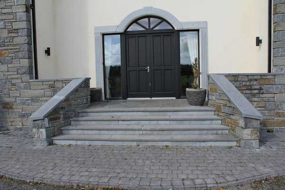Tumbled limestone cobble with bull nosed limestone steps